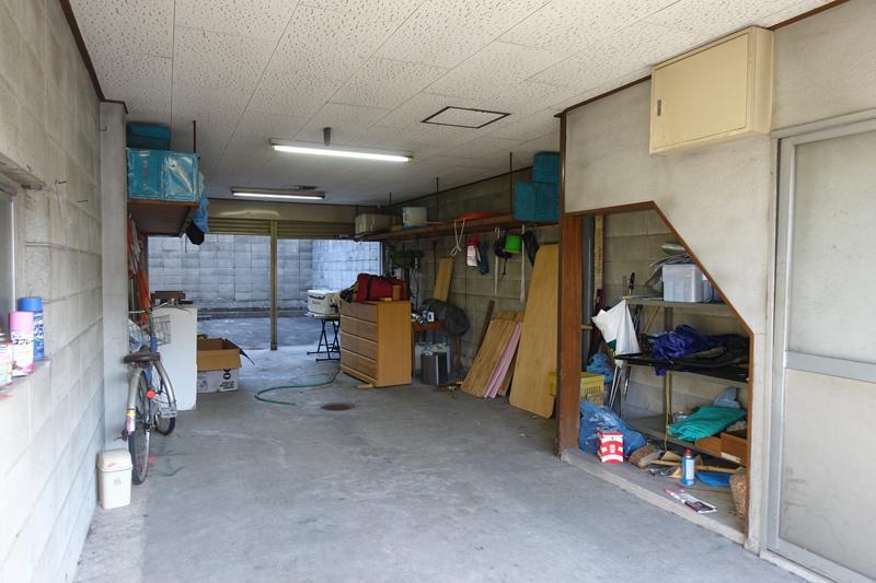 店舗、倉庫、アトリエ、駐車場?いろんなことに使えそう