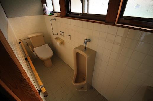 トイレもまだまだ使える