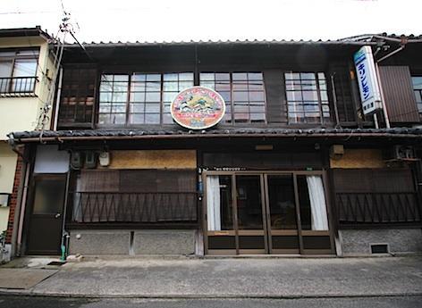 蘇れ、昭和の酒屋。 (洲本市本町の物件) - 神戸R不動産