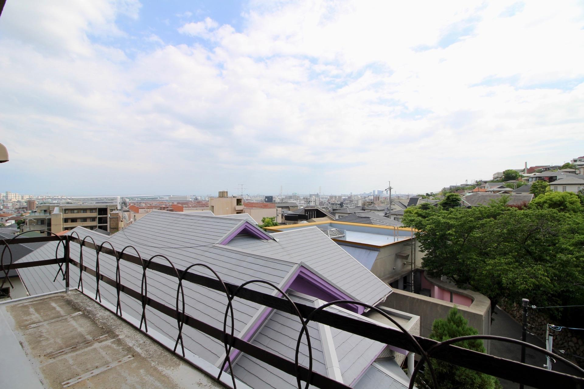 キッチン横窓からの眺望(503号室)