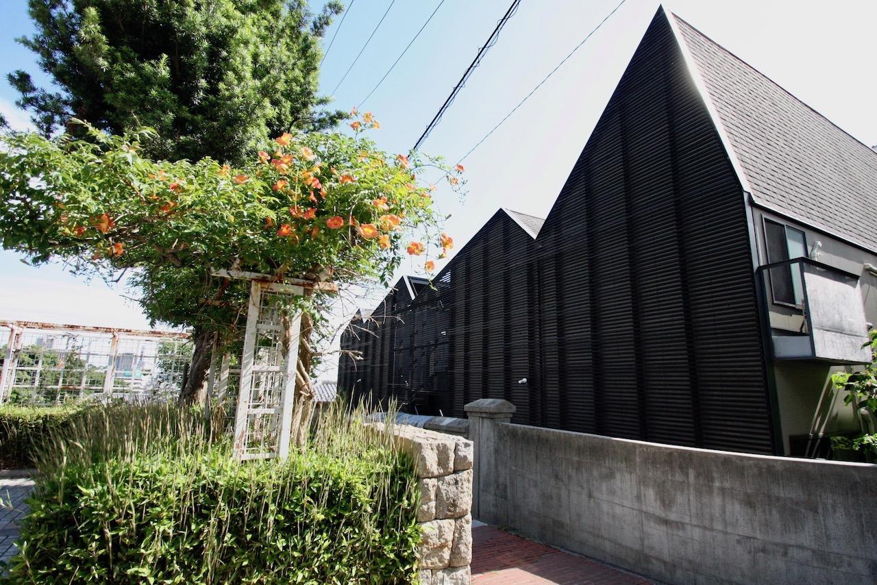 異国の路地裏アパートメント (神戸市中央区北野町の物件) - 神戸R不動産
