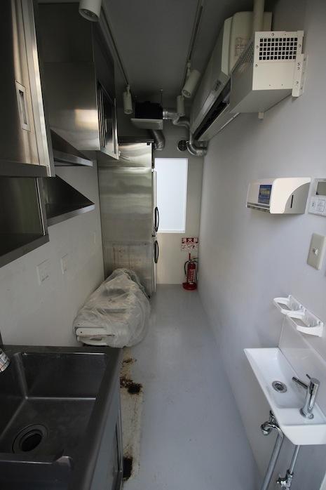 同じく2階の下階奥にあるもう一つのキッチンスペース