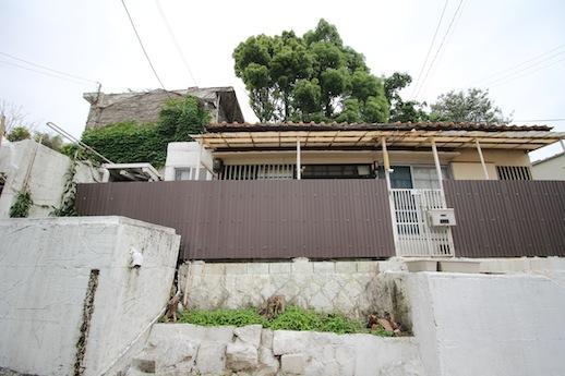 瓦や木窓が愛らしい平屋日本家屋