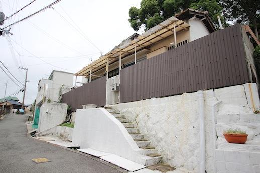 階段や基礎までまっ白に塗りつぶされている