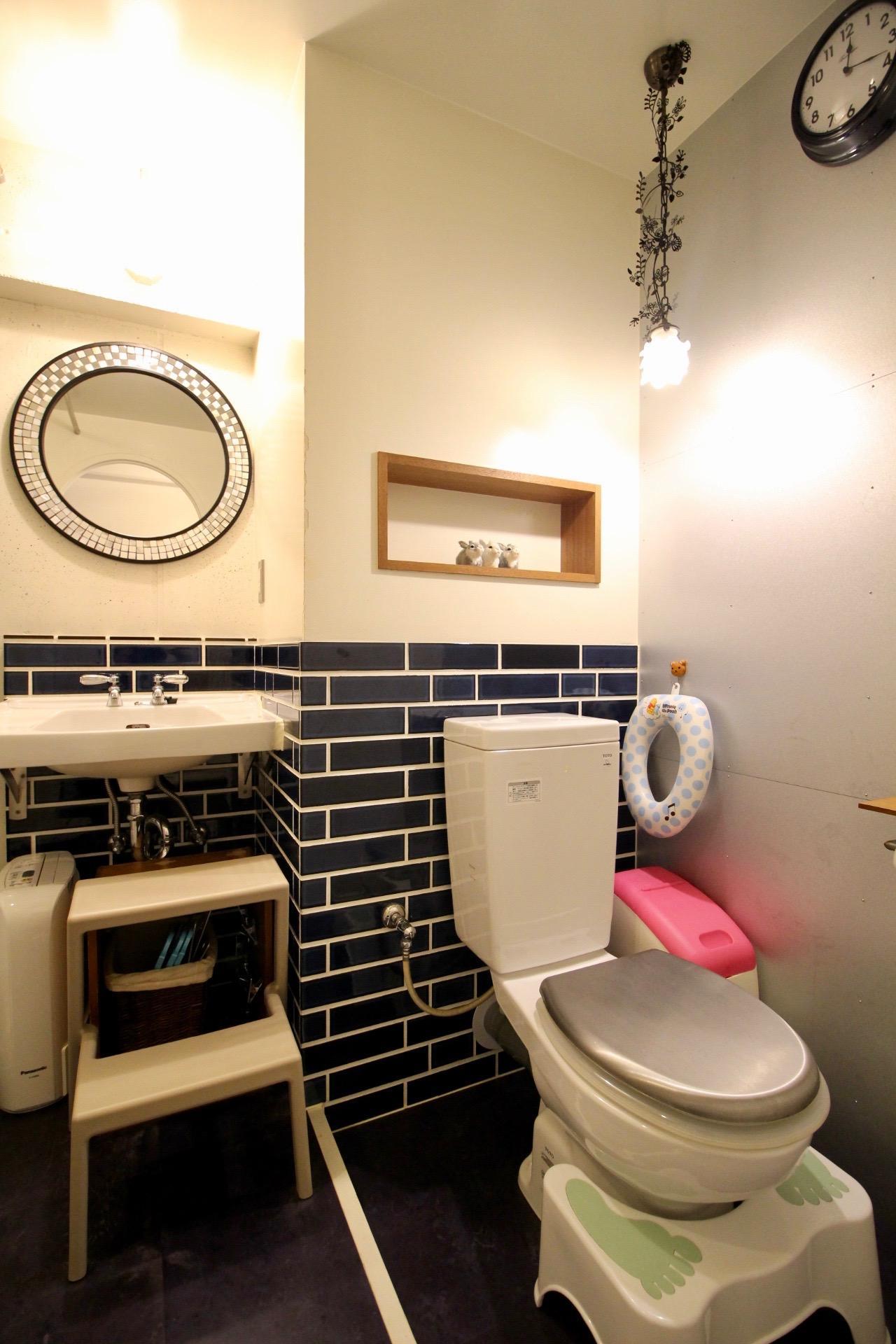 洗面台・トイレはタイルが愛らしい