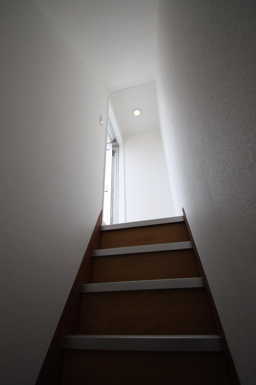 屋上への階段。わくわく。