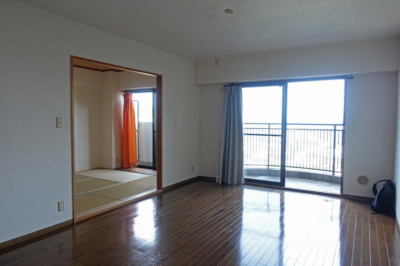 2階、リビング、208号室