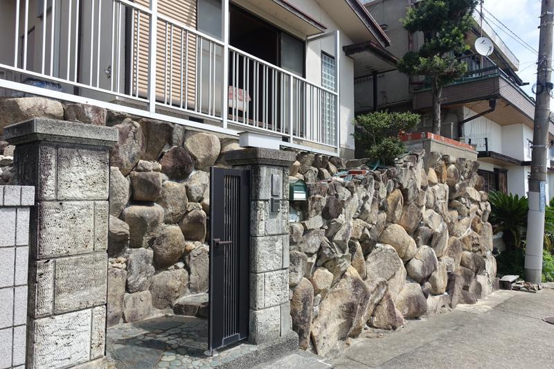 玄関前の階段