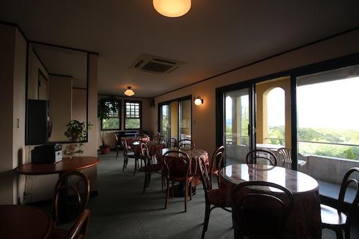 カフェ用の2階客室。空いてる時は使って頂けます!