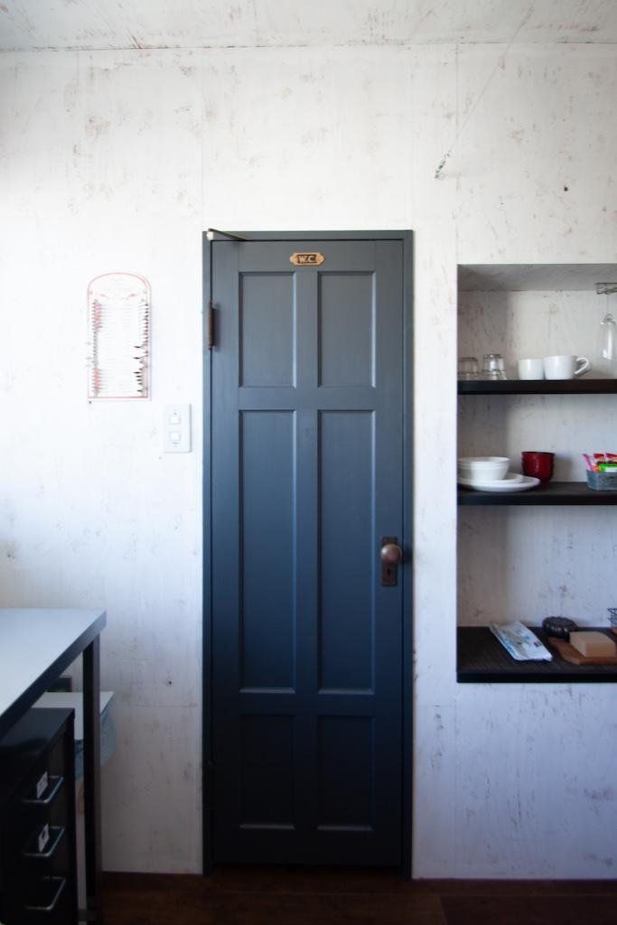 この扉の色が好き