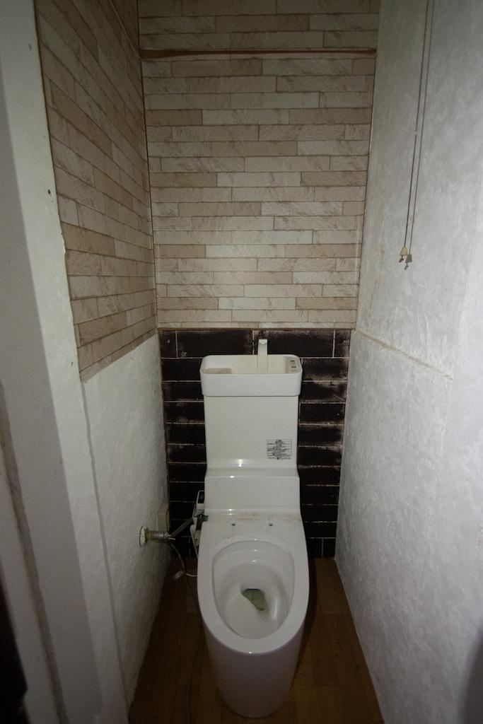 トイレは便座がない状態