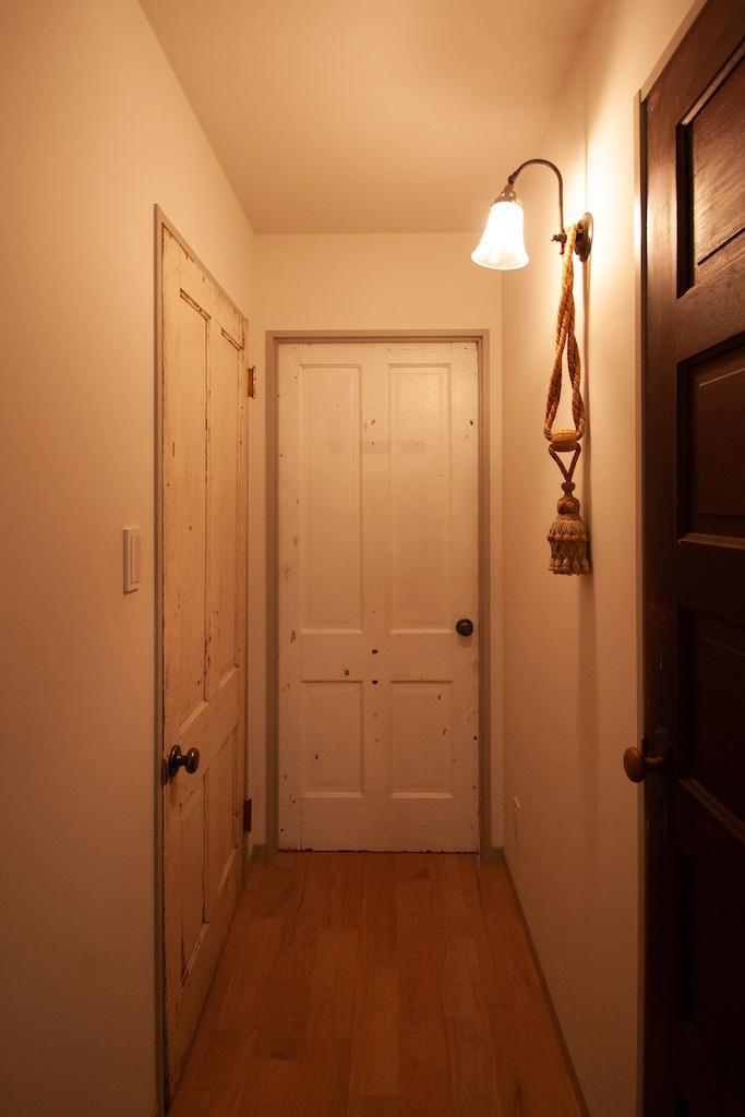 廊下も無垢フローリング