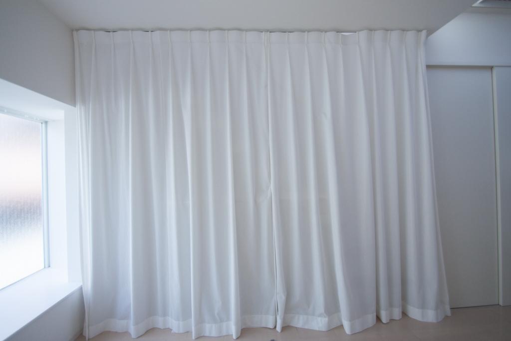 カーテンで仕切るとこんな感じ(2階)