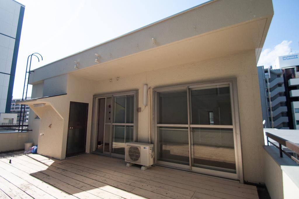 元町の雑居ビルに住むということ (神戸市中央区海岸通の物件) - 神戸R不動産