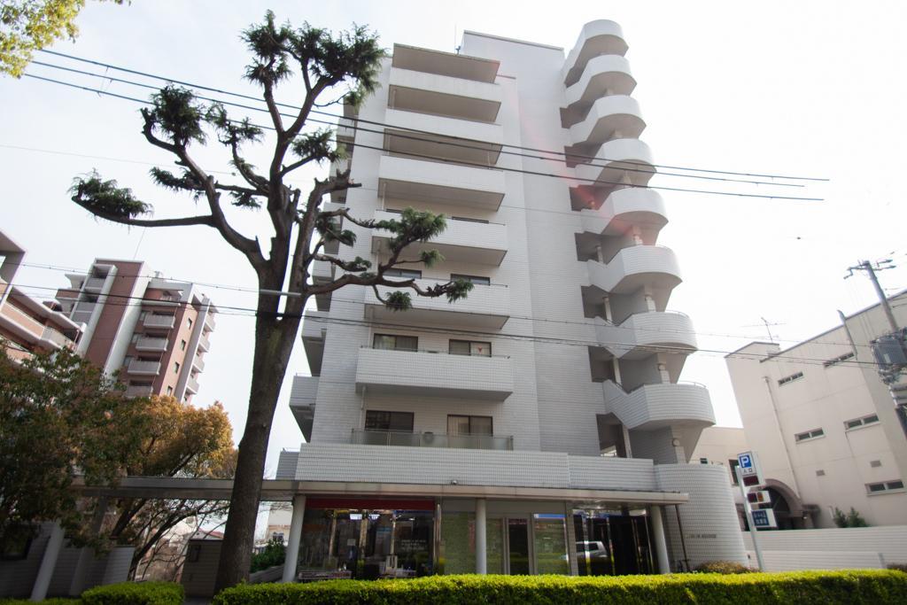新神戸近くの落ち着いた街に建つ