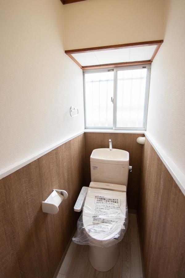 新調されたトイレ