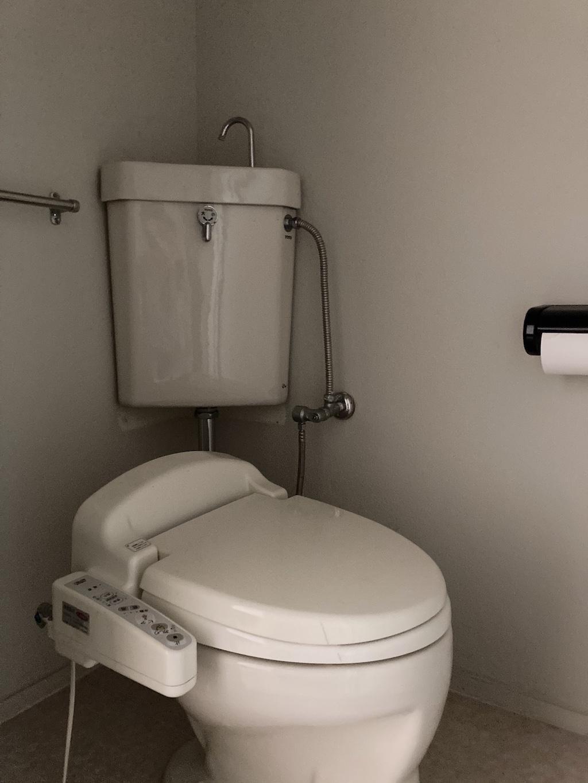 トイレは2階、3階に2つ(仕様はほとんど同じです)