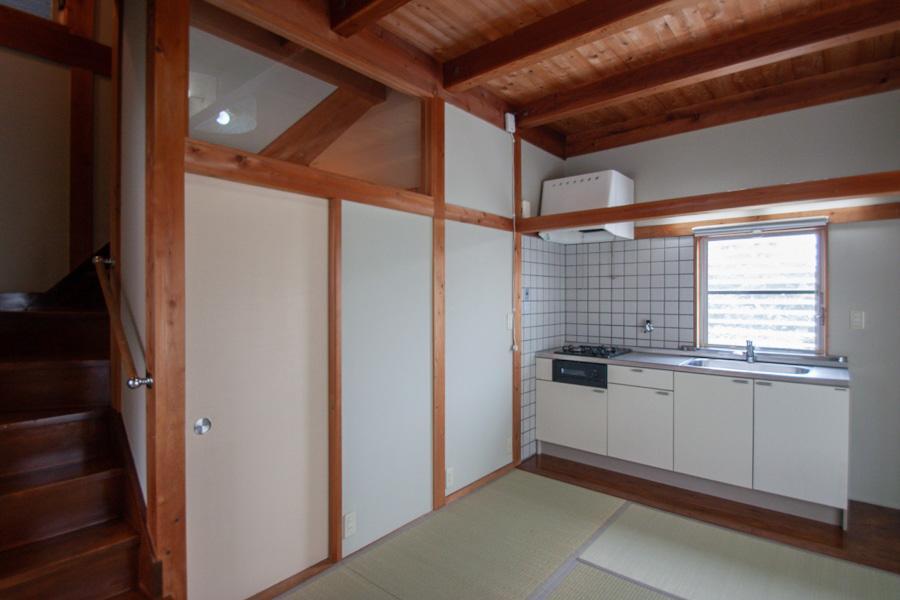 1階はキッチンと和室