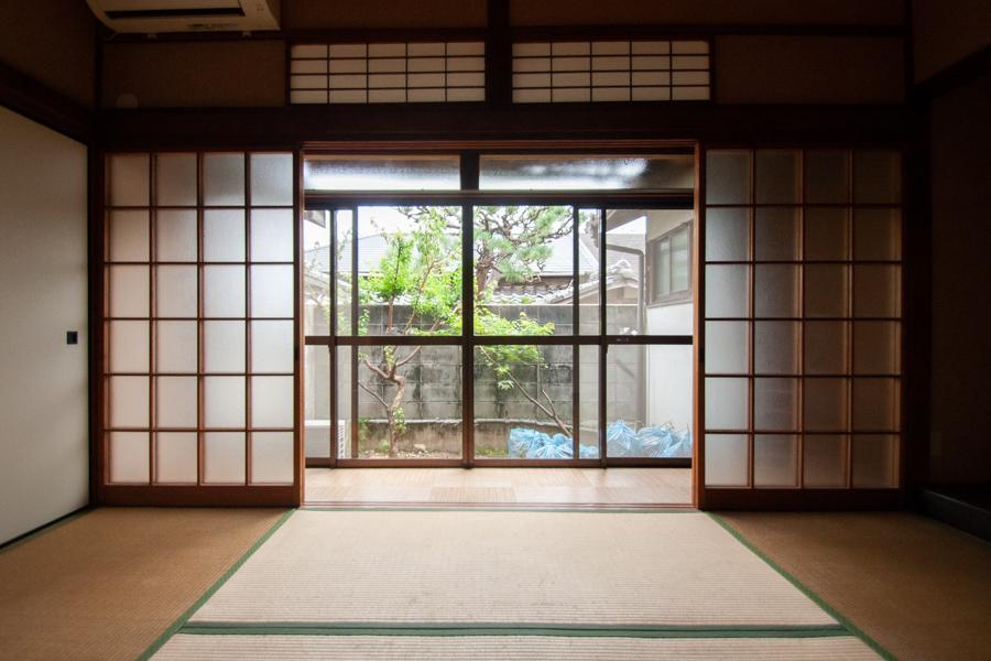 小さな平屋で縁側日和 (神戸市灘区薬師通の物件) - 神戸R不動産