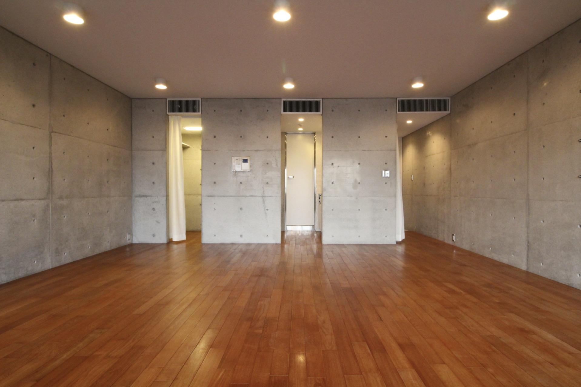 洋室から水回りが見えず、空調までデザインされた生活感を感じさせない設計