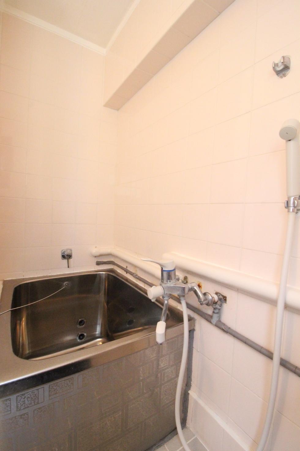 懐かしいステンレス製浴槽