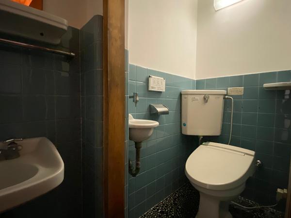 トイレの内装はレトロな感じ