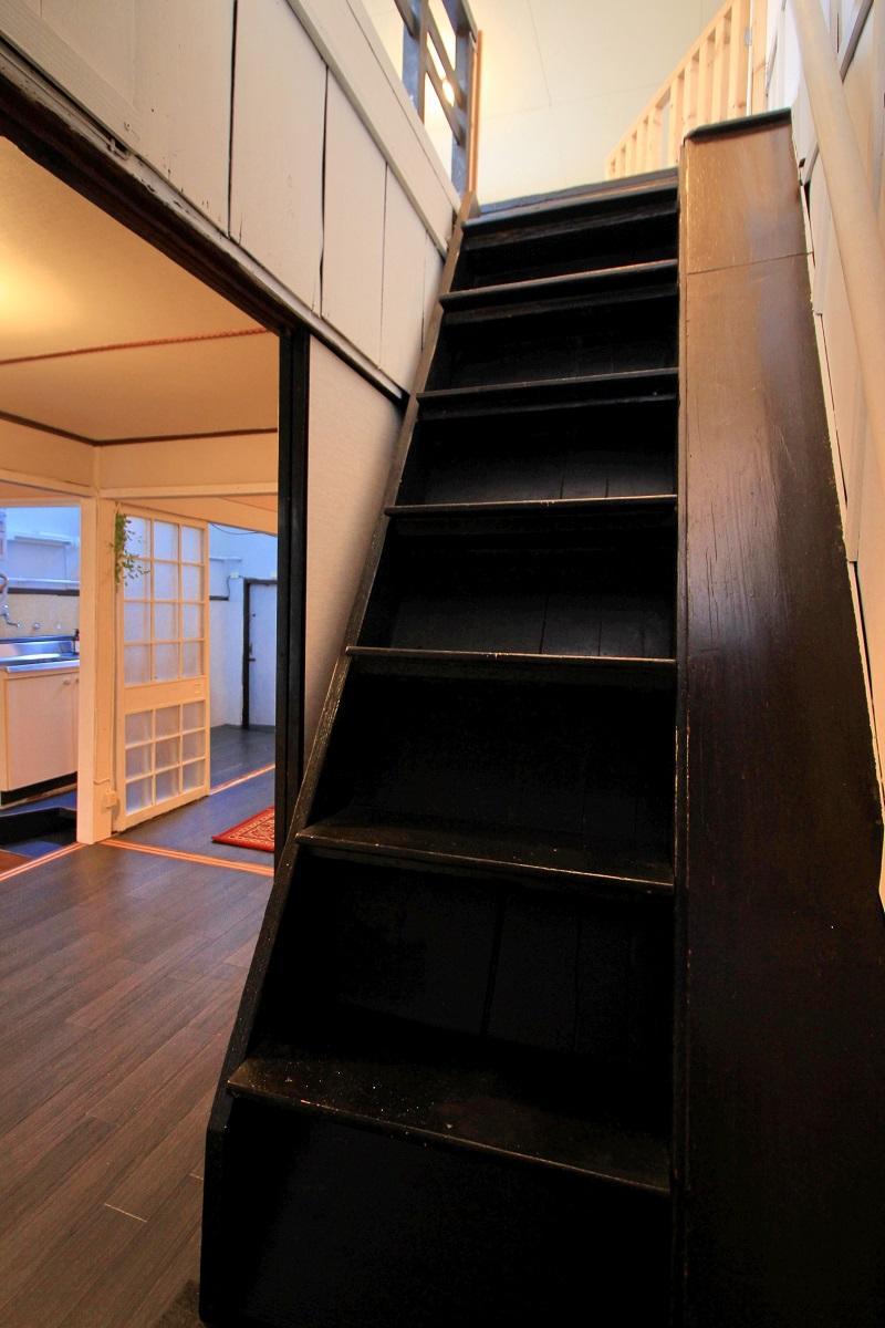 階段はもちろん急勾配