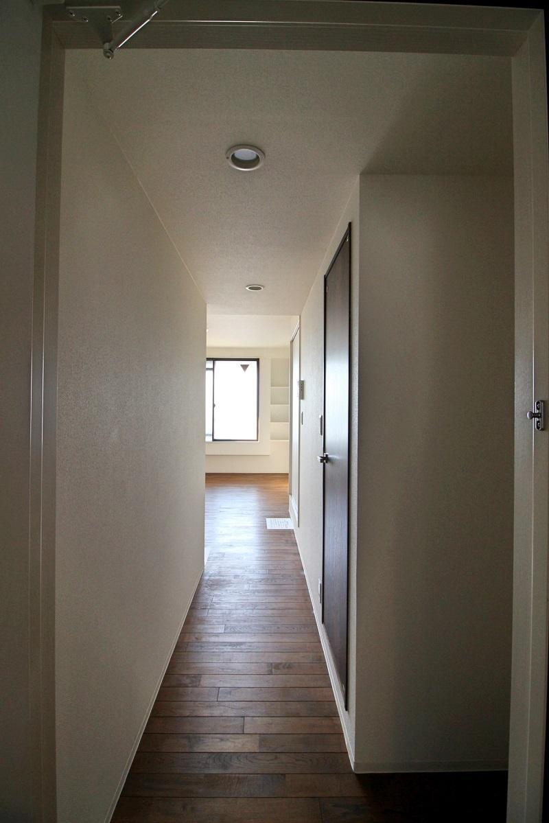 301号室:特に区切りの無い玄関
