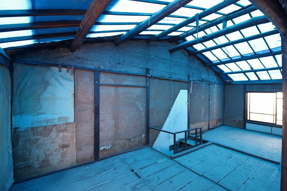 大屋根はガルバリウム鋼板になる予定
