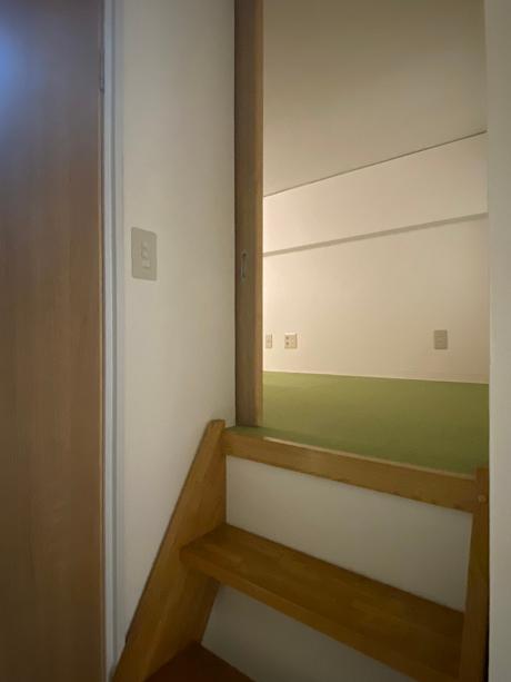 2階のロフト入り口です