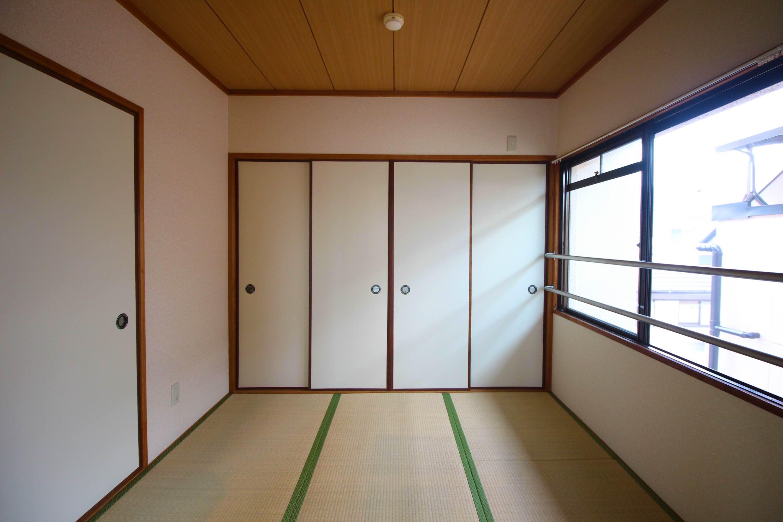 こちらは和室。(こちらは入居中の306号室)