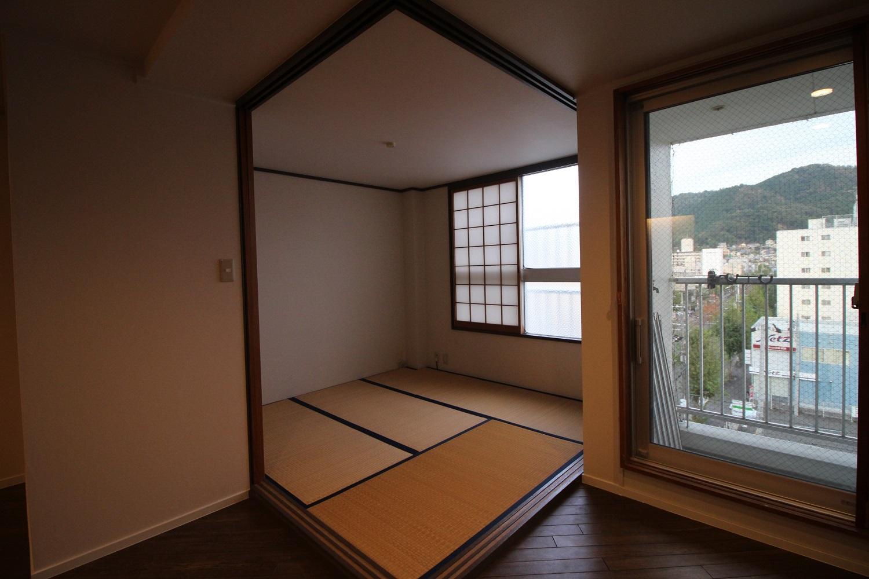 コジンマリの和室。