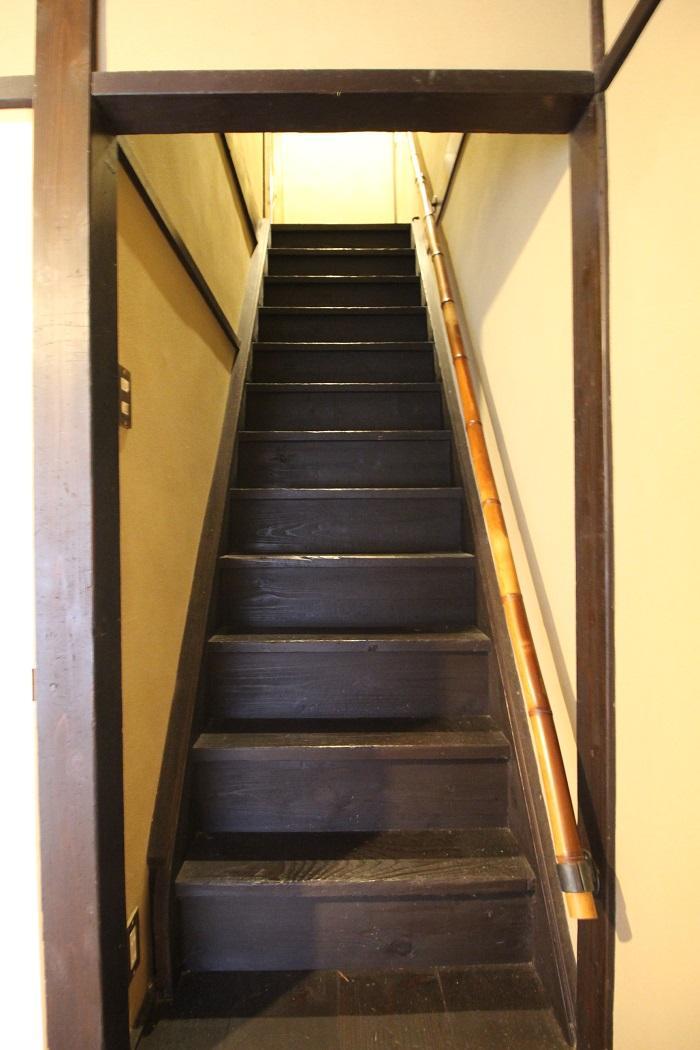 階段は恐らく当初のもの。