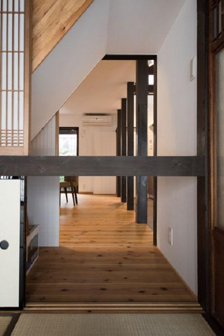 階段下物置スペース
