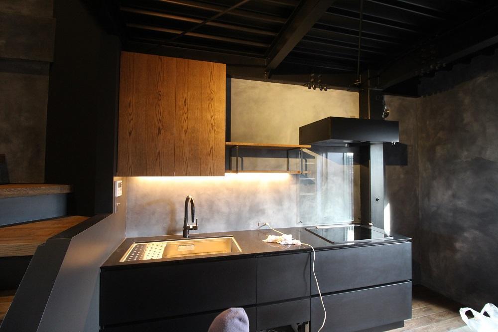 造作されたキッチン