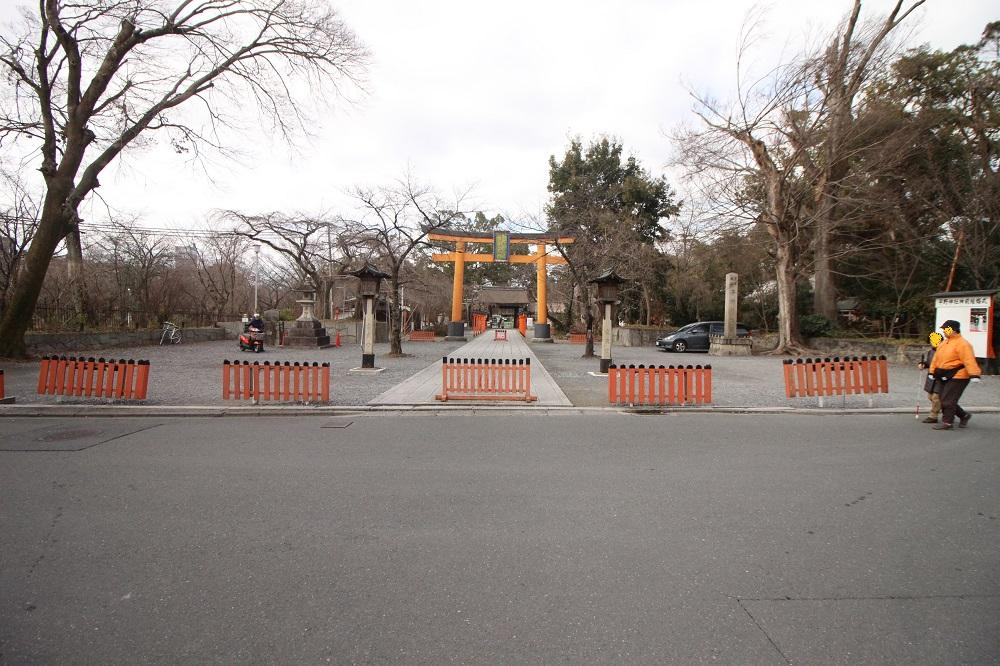 日常の一部になる桜の名所平野神社