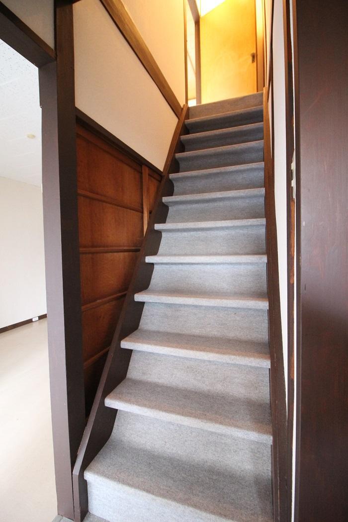 急すぎない階段