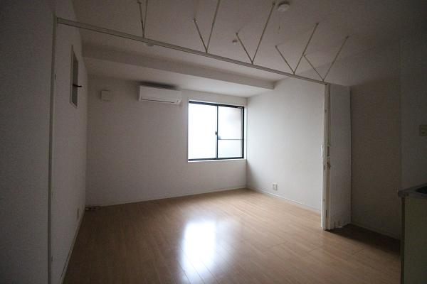 2階LDKはシンプルな造りです