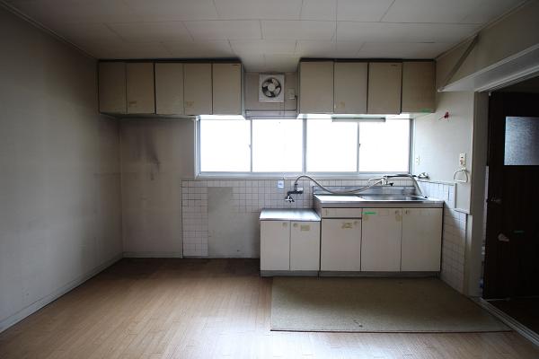 キッチンは狭さを感じません
