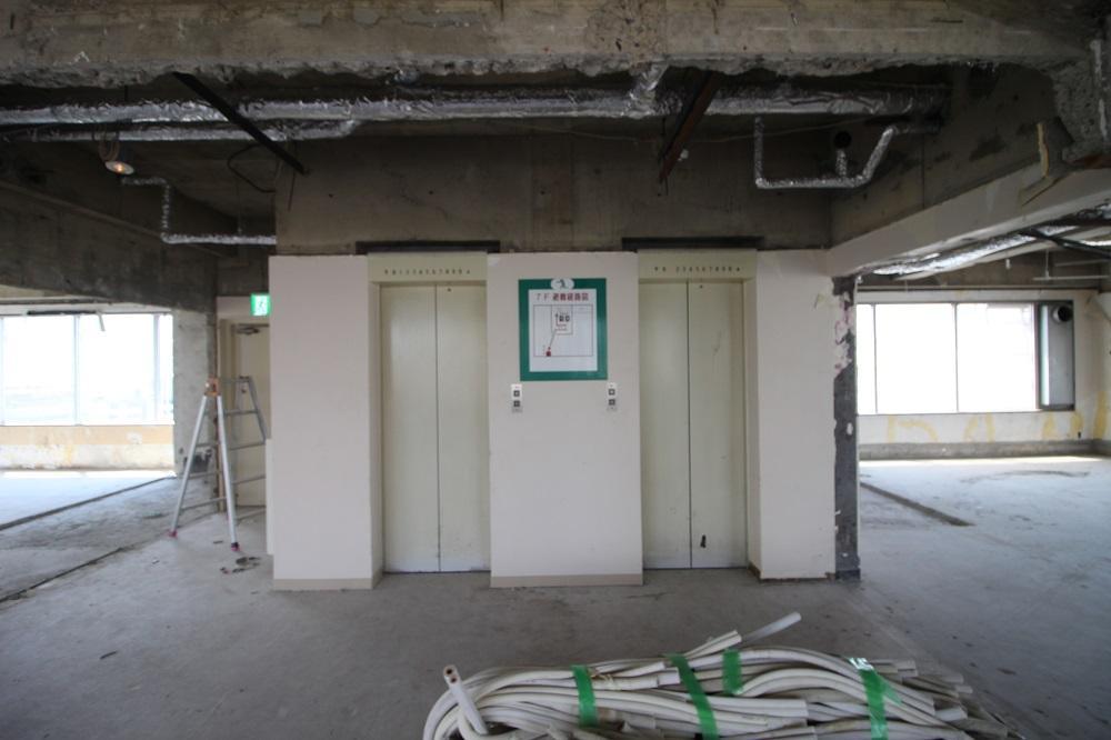 7階:エレベーターは2基あります