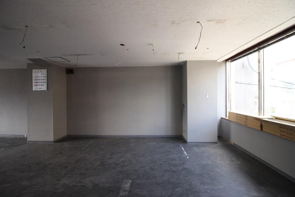 3階西:新設される壁の位置から