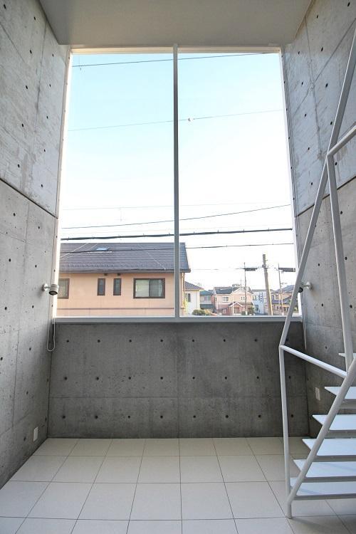 2フロアー分のフィックス窓