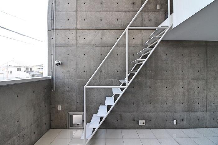 階段は全てこの素材