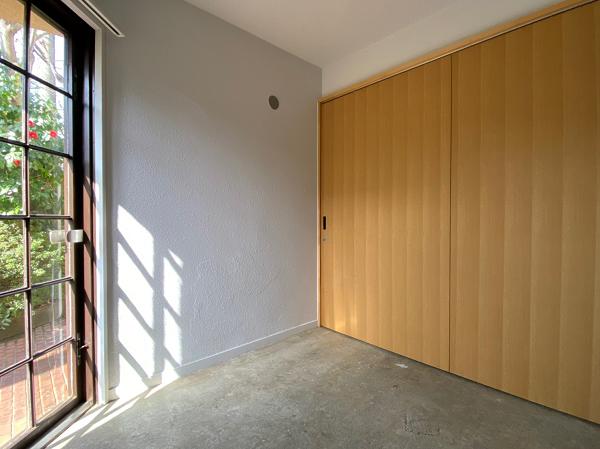 玄関土間は引き戸でリビングと仕切れます