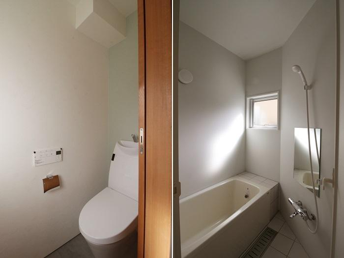 南側で明るい浴室とトイレ
