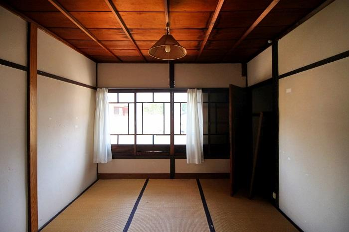 2階真ん中の部屋