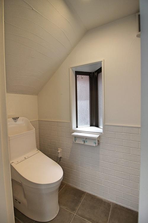 2階のトイレ。各階1箇所です。