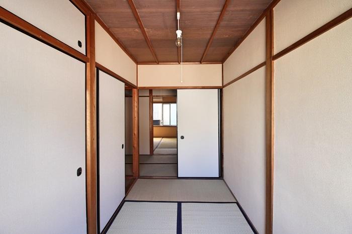 和室が直線に並ぶ2階