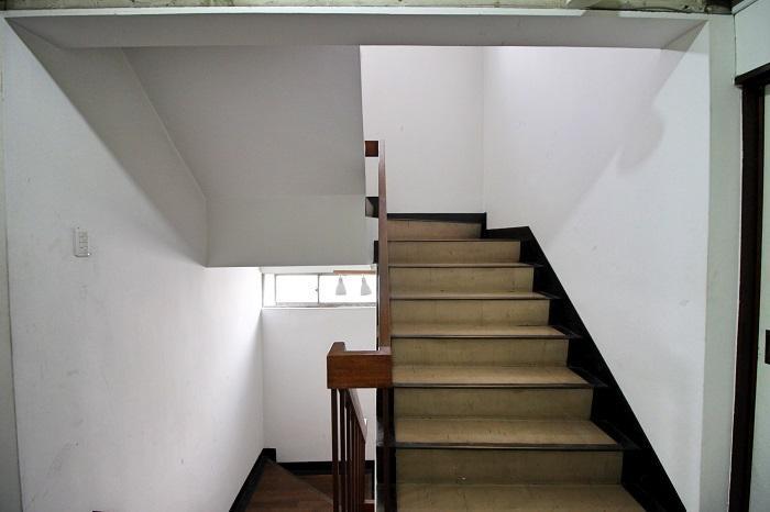 幅のある階段