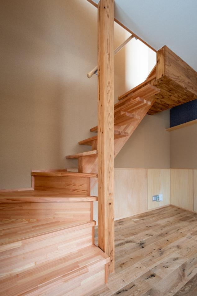 階段下は活かしたいスペース(5号室)